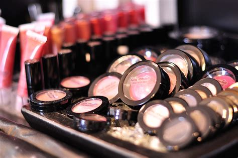 Makeup Salon makeup salon near me style guru fashion glitz
