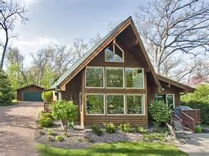 charming chalet style home with lake rights to geneva lake