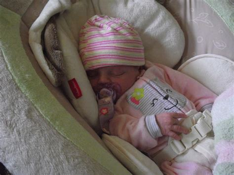 using a swing for baby to sleep can my baby sleep in her swing 28 images should you