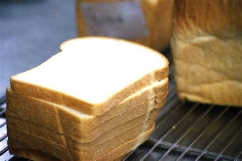Membuat Roti Tawar | cara membuat roti tawar tips dan trik