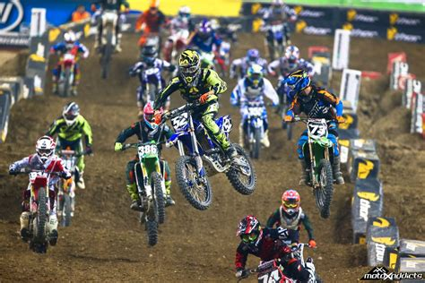 motocross races in supercross start wallpaper www pixshark com images