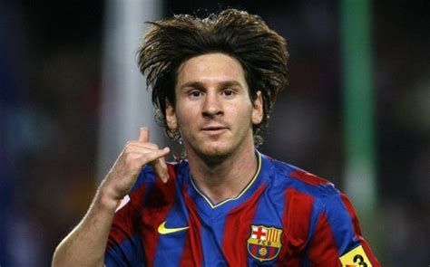 biography of lionel messi in spanish lionel messi news and pictures lionel messi biography
