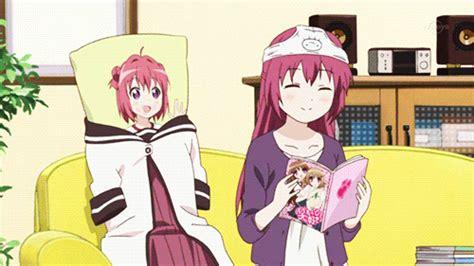 anime comedy live yuru yuri comedy gif find on giphy