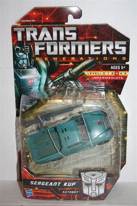 Transformers Deluxe Sergeant Cup transformers more than meets the eye 2010 sergeant kup deluxe class figure parry preserve
