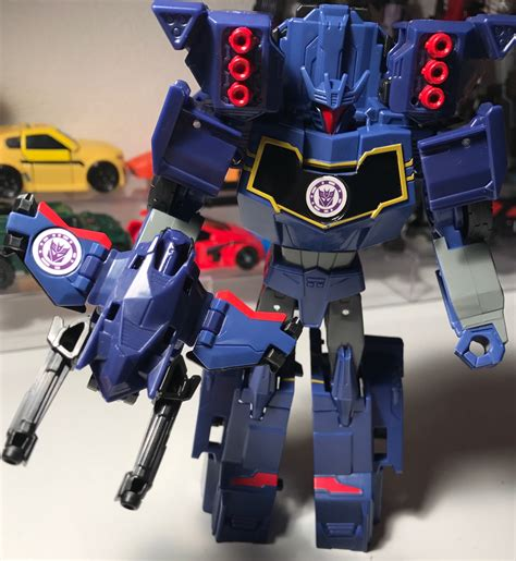 Transforners Combine Android E pictorial review of transformers robots in disguise combiner activator soundwave