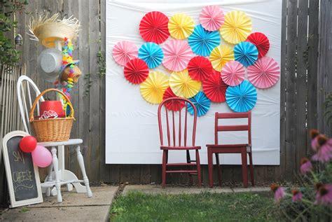 contoh dekorasi photobooth unik  pernikahan wedding