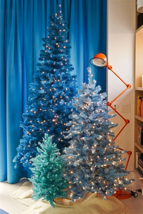 traditional holiday color palettes hgtvs decorating