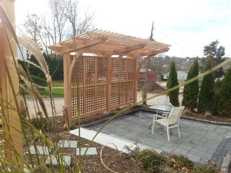we designed this cantilevered pergola with the assistance