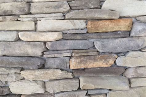 natursteinwand innen steinw 228 nde steinwand f 252 r innen innenbereich au 223 enbereich