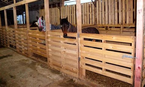 stable section pallet horse stable shelter 101 pallet ideas