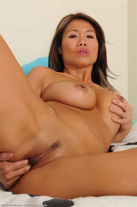 Super Hot Asian Milf Trisha And Her Killer Body