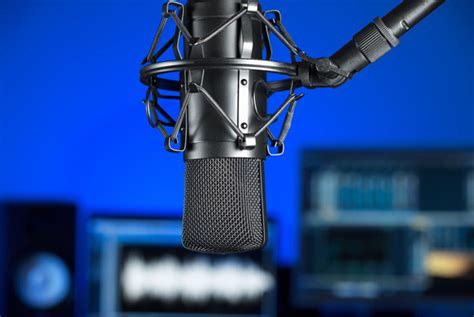 the tech of podcasting your voice now a global reach to any smart device volume 1 books the 7 tech podcasts you must listen to today