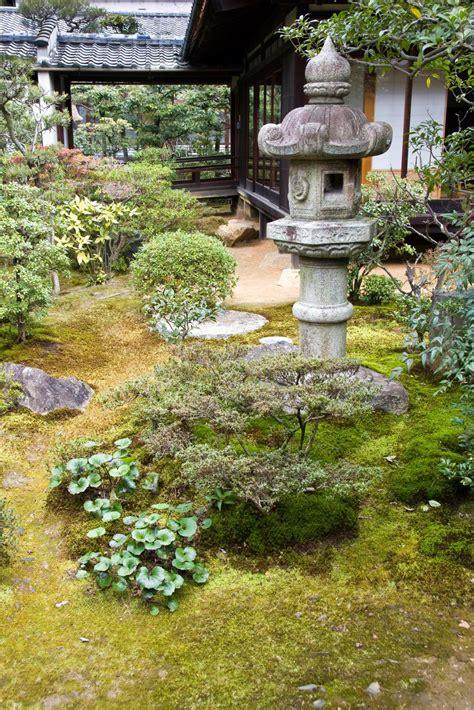 zen garden information  tips  creating