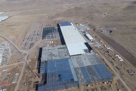 Tesla Giga Factory Location Nevada Says Tesla Gigafactory Is Meeting Its Hiring And