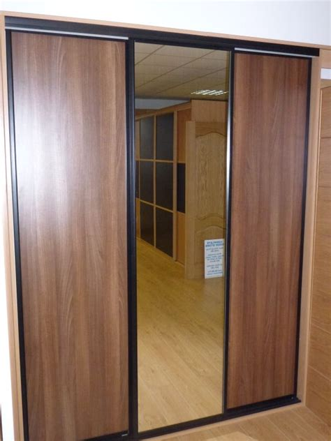 Sliding Wardrobe Doors Uk by Sliding Wardrobe Doors Complete Door Store