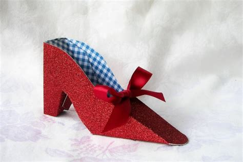 How To Make Paper Slippers - wizard of oz paper shoe dorothy s ruby slipper gift box
