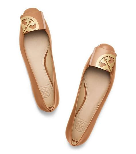 Burch Square Toe burch square toe flat intheseshoes flats squares and flat sandals