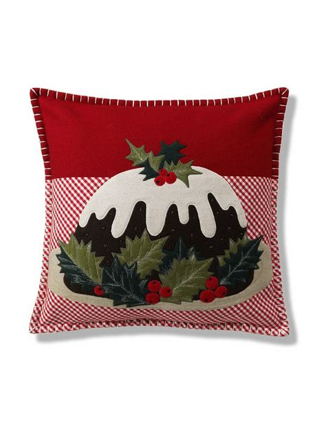 25 best ideas about christmas cushions on pinterest