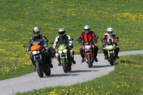 Motorradfahren Hitze by Ratgeber Motorradfahren Im Sommer Auto Medienportal Net