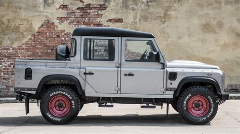 land rover truck kahn design creates another land rover defender
