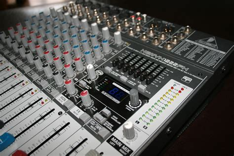Mixer Behringer Xenyx 1222fx behringer xenyx 1222fx image 418067 audiofanzine