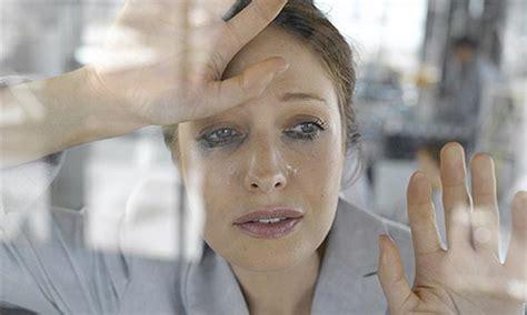 imagenes personas llorando llorar no las ayuda a sentirse mejor mimind s blog