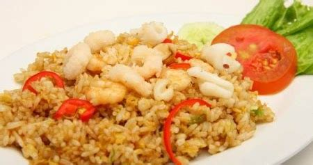 membuat nasi goreng yang simple cara memasak nasi goreng yang enak dan praktis cara memasak