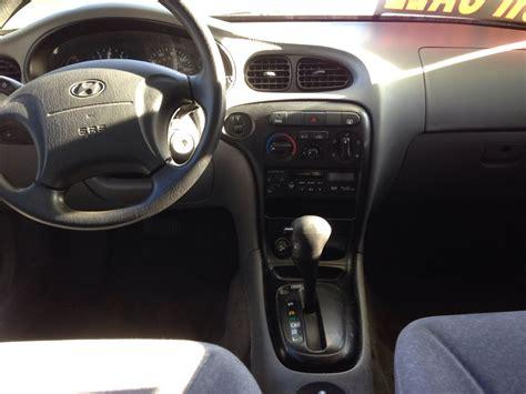 Hyundai Elantra 2000 Interior by 2000 Hyundai Elantra Interior Pictures Cargurus