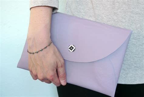 diy  sew faux leather envelope clutch     envelope clutch   cut