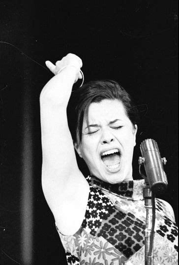 Elis Regina | Musica popular brasileira, Cantores, Musical