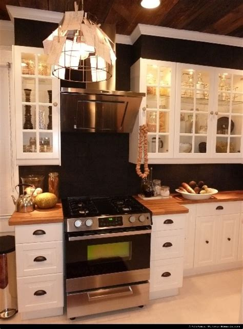 genevieve gorder kitchen designs dear genevieve have loved her since the trading spaces