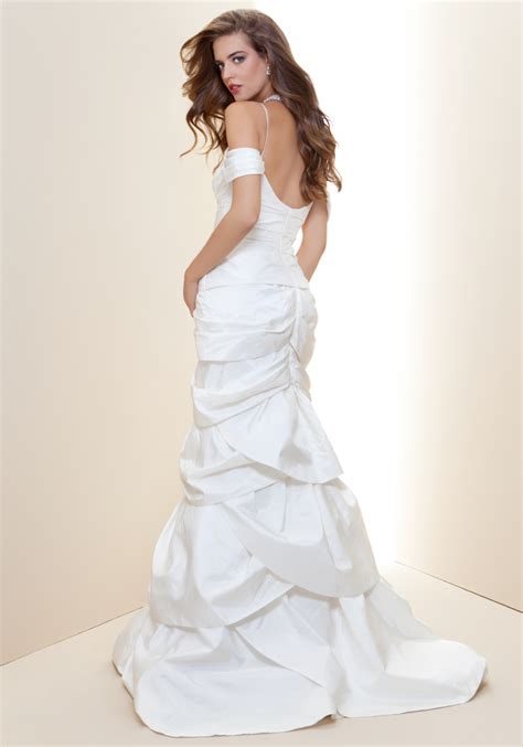 bebe wedding dress lyst bebe off shoulder trumpet bridal gown rami kashou