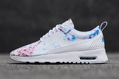 Nike Airmax By Pray Shoes nike cherry blossom pack is a winner for