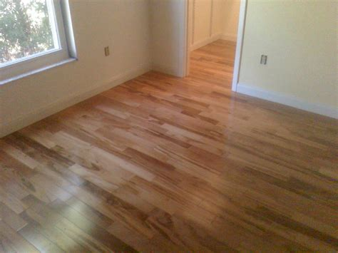 wood flooring cost per square foot installed