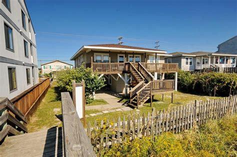 myrtle bungalow rentals 17 best ideas about myrtle house rentals on