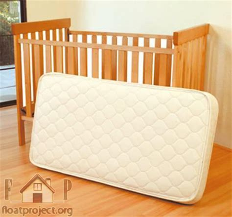 How To A Crib Mattress How To Choose The Mattress For The Baby Crib Home