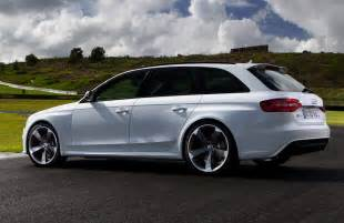 Audi Rs4 Hatchback Audi Rs4 Avant In White Looking Wide Car