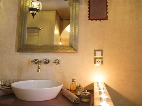 Formidable Modele De Salle De Bain Marocaine #5: salle-de-bain-en-design-marocain.jpg