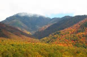 the colors of the mountain fall colors great smoky mountains national park u s