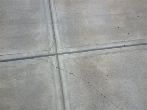 Cracks In New Driveway Doityourself Com Community Forums