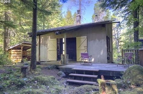 zillow tiny homes for sale off grid tiny cabin in rhododendron or for sale