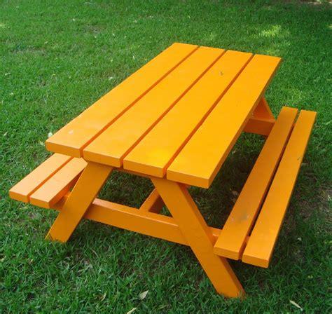 kids wooden picnic table plans   build  amazing
