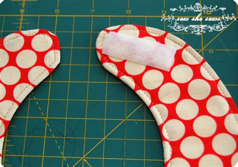 Quilted Patchwork Bib Pattern And Tutorial Sew She Sews S - quilted patchwork bib pattern and tutorial sew she sews s