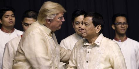 trump duterte dazzled by a red carpet trump gives philippine strongman a pass on his killing spree