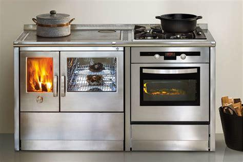 cucine a legna e gas combinate cucine monoblocco a gas legna elettricit 224