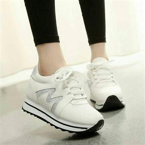 Sepatu Wanita Shoeholic Gaia White jual sepatu olahraga wanita white mmb fashion