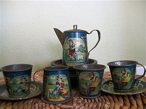antique victorian  miniature childs tin litho tea set