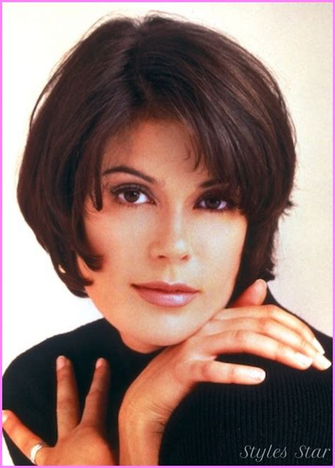 bobs of the 90s short hairstyles very short bob haircuts stylesstar com