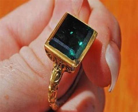atocha shipwreck yields emerald ring worth 500 000