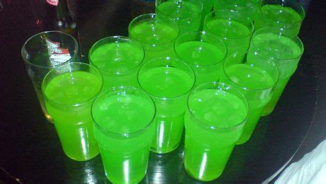 Happy Hour Green Machine Vodka by Frog Cocktail Happy Hour Day Week